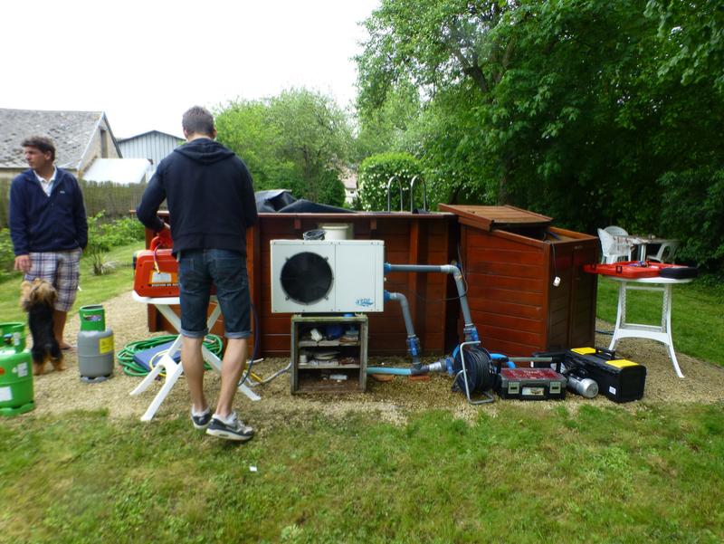 Chauffage climatisation pompe chaleur installation for Chauffage piscine gaz
